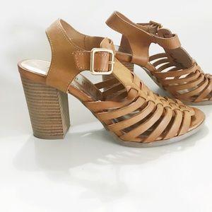 🌻Madden Girl Cognac Sandal Heel SZ 7